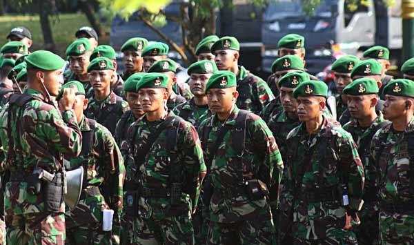 TNI Pengamanan Demo
